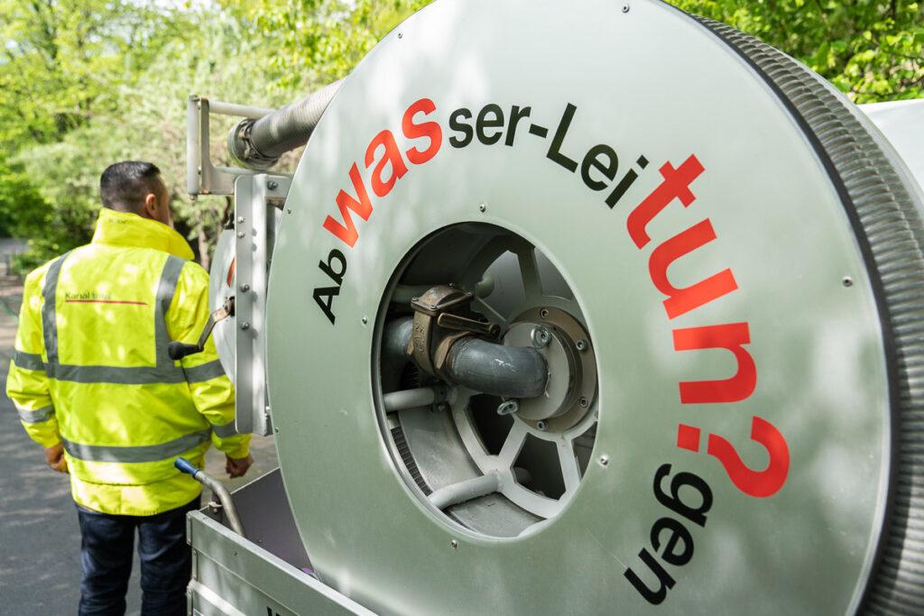 Kanal total bei Kanalreinigung im Zoo